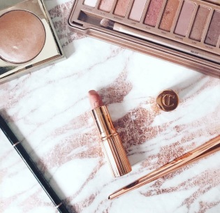 charlotte tilbury lipstick makeup cosmetics rose gold